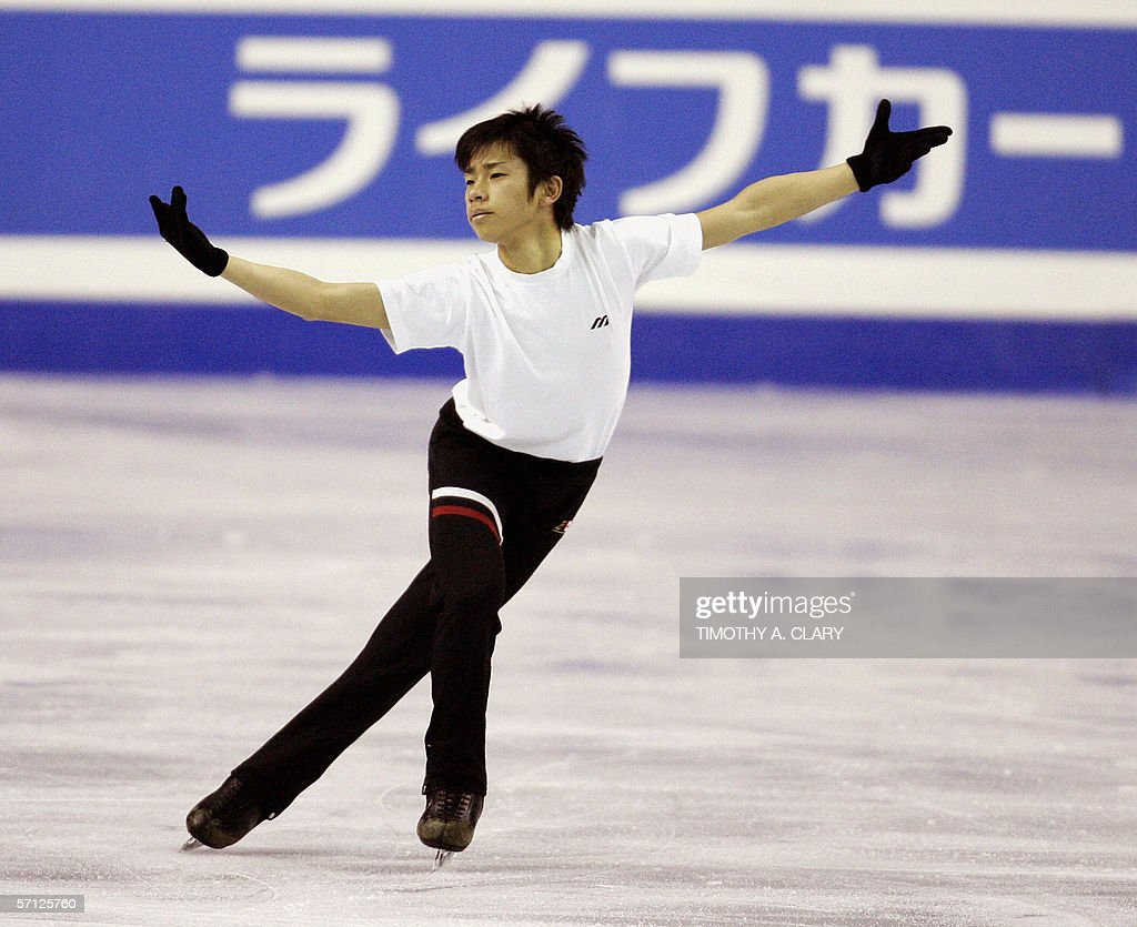 Nobunari Oda Of Japan Practices His Routine During The Mens Free Skate 18 March 2006 In