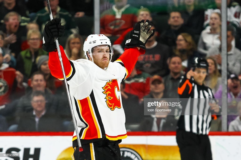 NHL: JAN 09 Flames at Wild : News Photo