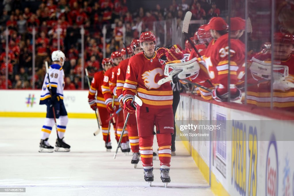 NHL: DEC 22 Blues at Flames : News Photo