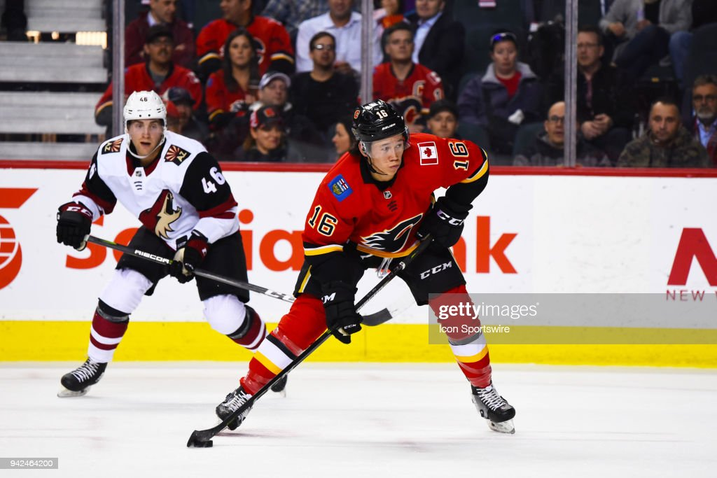 NHL: APR 03 Coyotes at Flames : News Photo