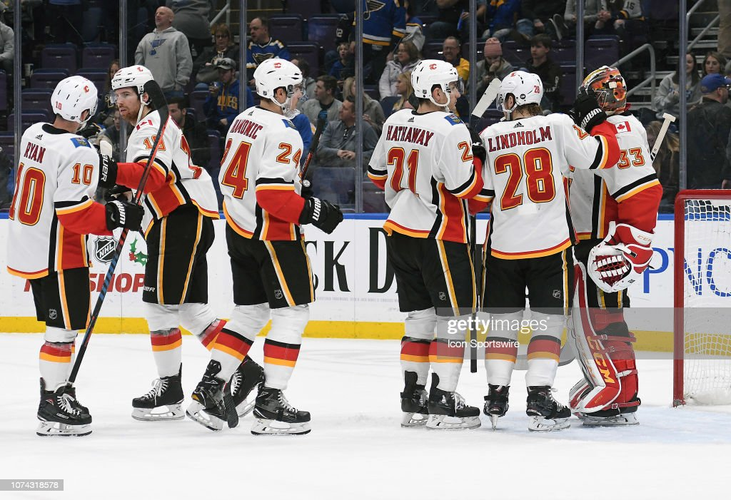 NHL: DEC 16 Flames at Blues : News Photo