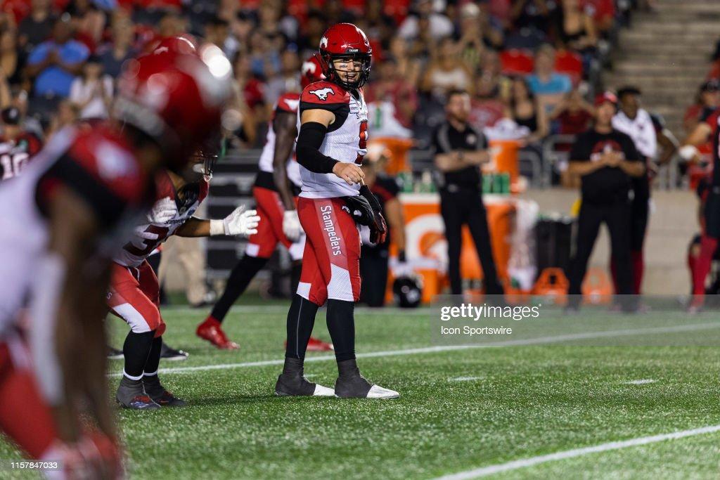 CFL: JUL 25 Calgary Stampeders at Ottawa REDBLACKS : News Photo