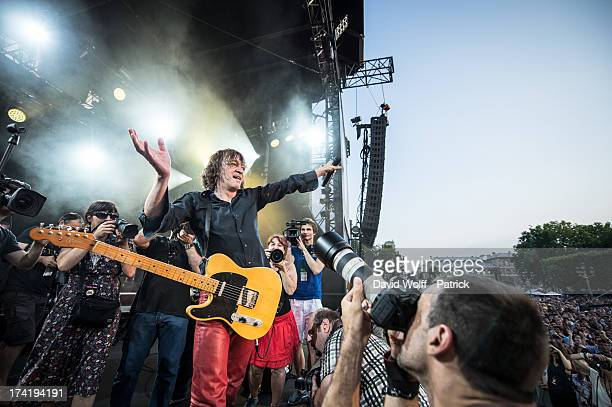 Cali performs during the Fnac Live Festival 2013 at Hotel de Ville on July 21 2013 in Paris France