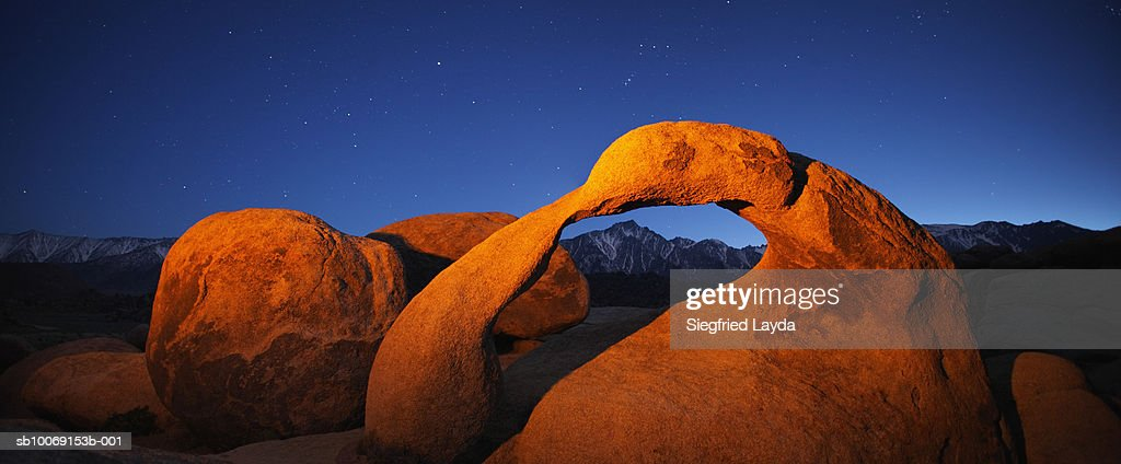 USA, California, Alabama Hills, Alabama Hills Arch : Stockfoto