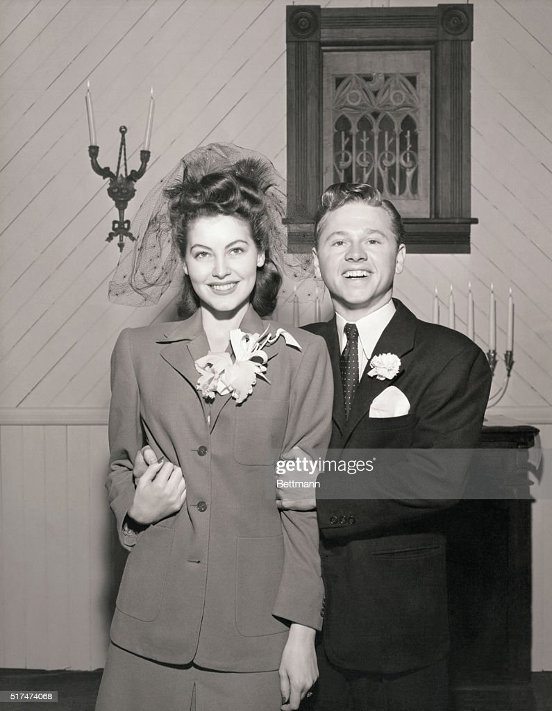 Ava Gardner and Mickey Rooney on Their Wedding Day Pictures | Getty ...