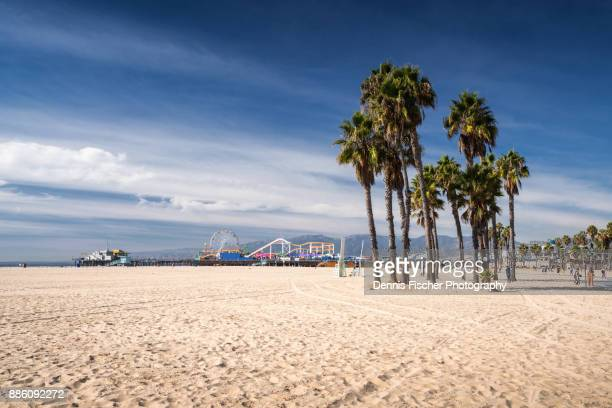 california beach in santa monica - santa monica stock-fotos und bilder