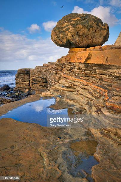 USA, California, Cabrillo National Monument, Balanced Rock