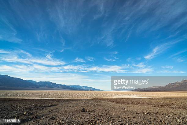 usa, california, death valley, desert landscape - horizon over land stock photos and pictures
