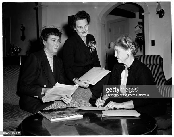 California Federation of Republican Women 5 January 1954 Mrs Alan H RobertsonMrs RC KenyonMrs McIntyre Faries Caption slip reads 'Photographer Rustan...