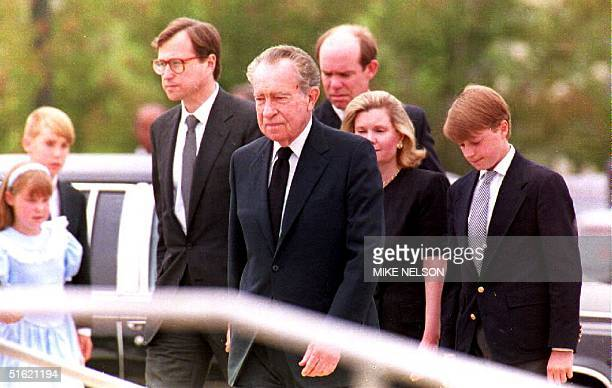 California Former US President Richard Nixon arrives for the funeral of his wife Pat with family members Ed Cox Nixon David Eisenhower Tricia Nixon...