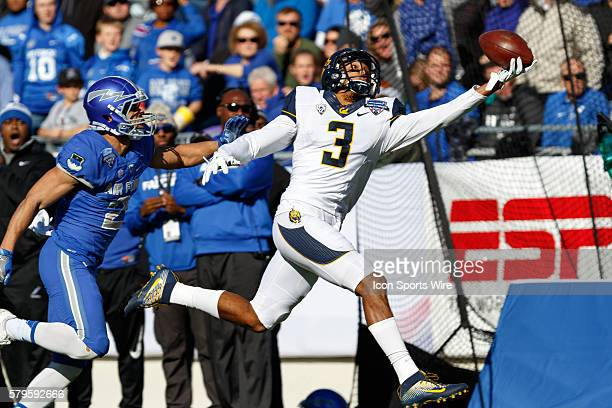 California Golden Bears wide receiver Maurice Harris makes a one handed 40yd catch during the Lockheed Martin Armed Forces Bowl between the...