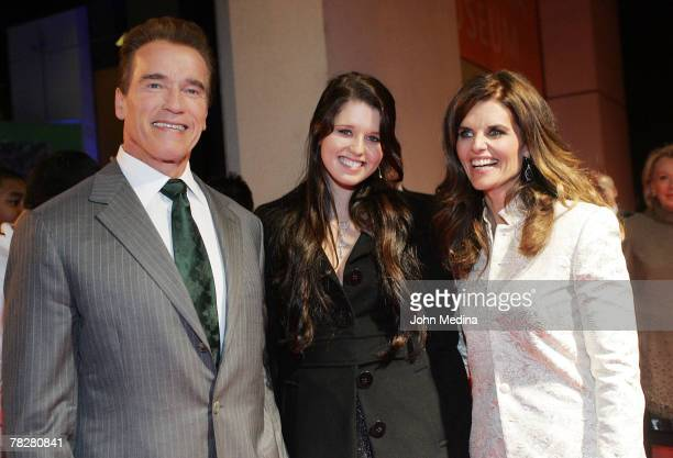 California governor Arnold Schwarzenegger and first lady Maria Shriver pose for a photo with daughter Katherine while arriving at the 2007 California...