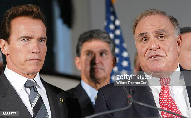 California Governor Arnold Schwarzenegger and Pennsylvania Governor Ed Rendell answer questions from the media at the meeting of the National...