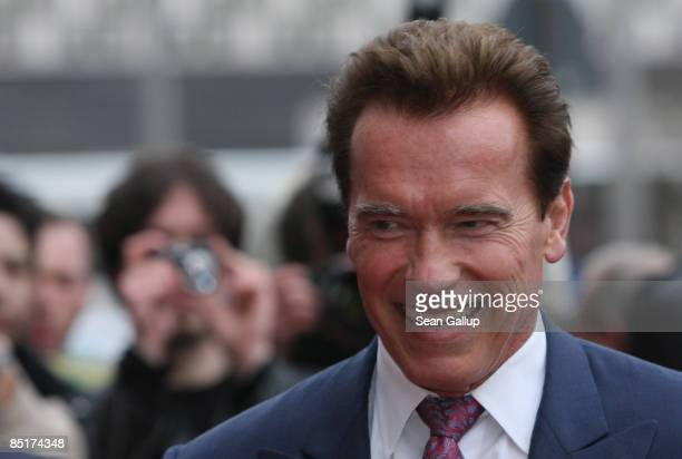 California Governor Arnold Schwarzenegger smiles as he arrives City Hall on March 2, 2009 in Hanover, Germany. Schwarzenegger is in Hanover to visit...