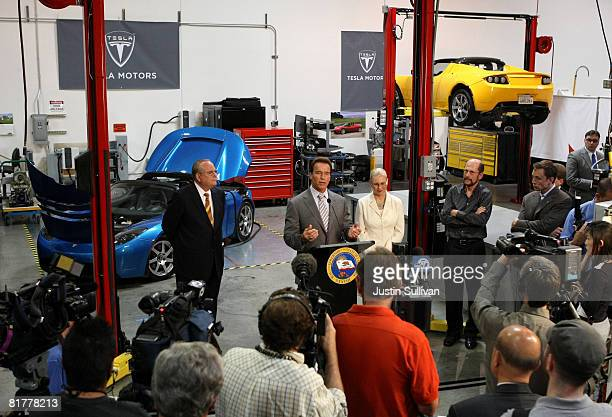California governor Arnold Schwarzenegger speaks during a news conference as California State Treasurer Bill Lockyer and California Secretary of...