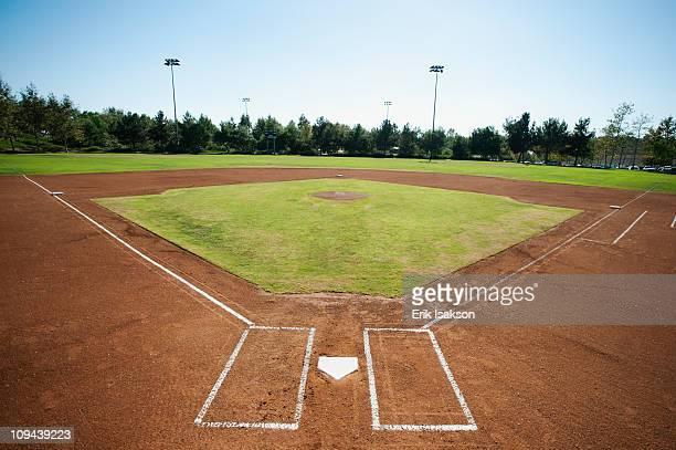 usa, california, ladera ranch, baseball diamond - terrain de baseball photos et images de collection