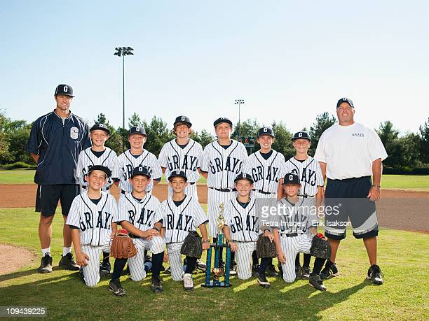 usa, california, ladera ranch, portrait of little league players (aged 10-11) - baseball team stock pictures, royalty-free photos & images