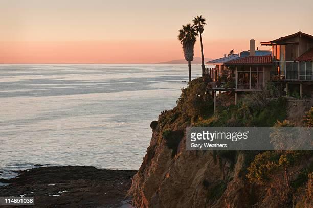 usa, california, laguna beach, house on cliff - laguna beach california stock pictures, royalty-free photos & images