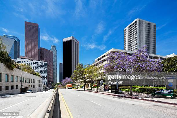 usa, california, los angeles, music center with bank of america and wells fargo center, wells fargo tower and kpmg tower - walt disney concert hall stock pictures, royalty-free photos & images