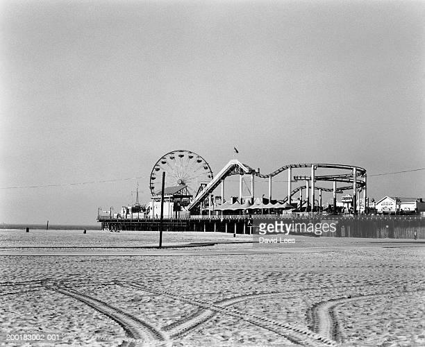 USA, California, Los Angeles, Santa Monica Pier (B&W)