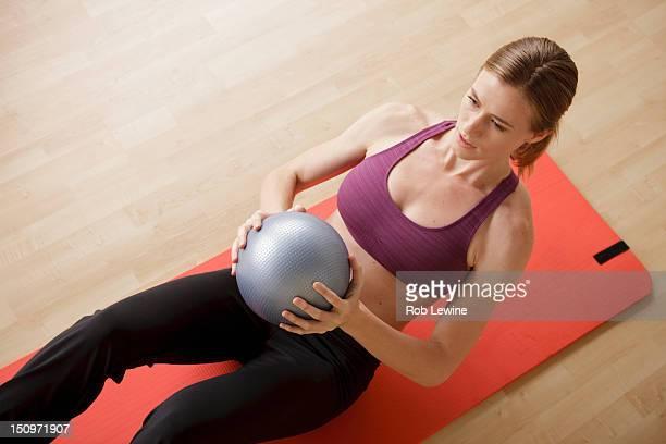 USA, California, Los Angeles, Young woman exercising