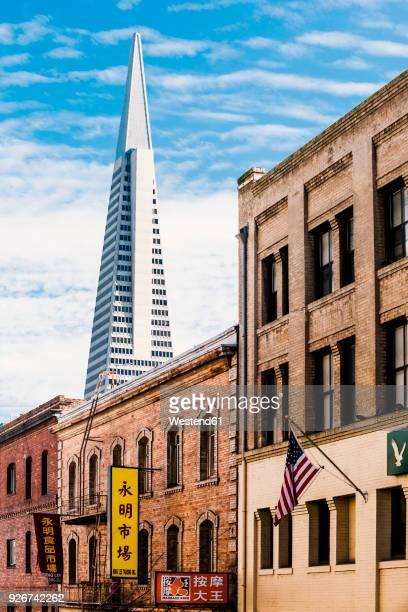 USA, California, San Francisco, Chinatown, Transamerica Pyramid