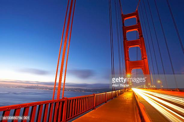 USA, California, San Francisco, Golden Gate Bridge at dawn
