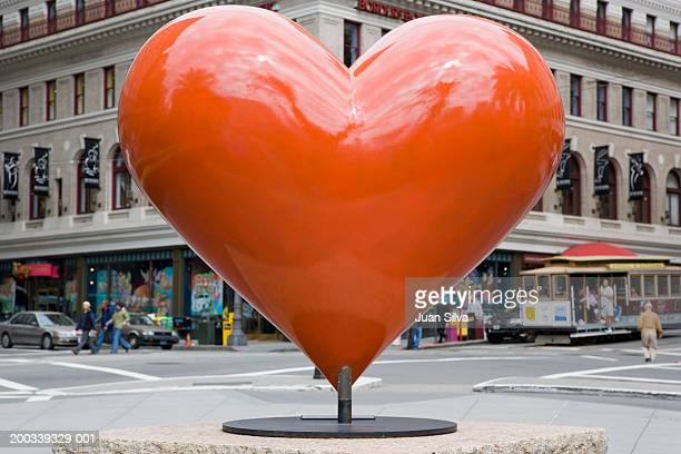 usa, california, san francisco, heart sculpture in union square - sculpture stock pictures, royalty-free photos & images