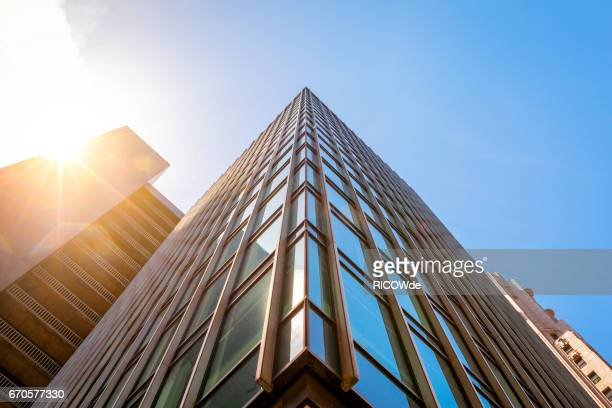 usa, california, san francisco, low angle view of skyscrapers - gebäudefront stock-fotos und bilder