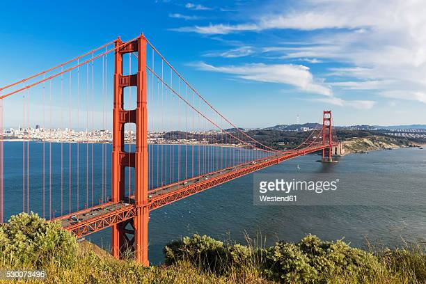 USA, California, San Francisco, skyline and Golden Gate Bridge seen from Hawk Hill