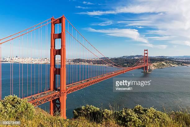 USA, California, San Francisco, skyline and Golden Gate Bridge seen from Hawk Hill