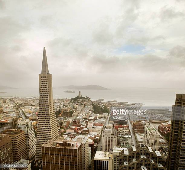 usa, california, san francisco, skyline - サンフランシスコ金融地区 ストックフォトと画像