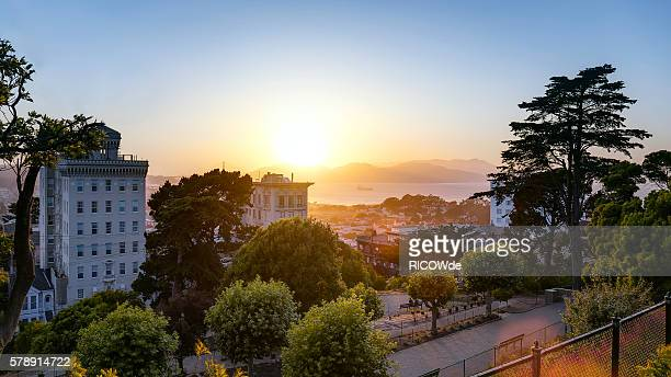 USA, California, San Francisco, View from Russian Hill to Golden Gate Bridge at sunset