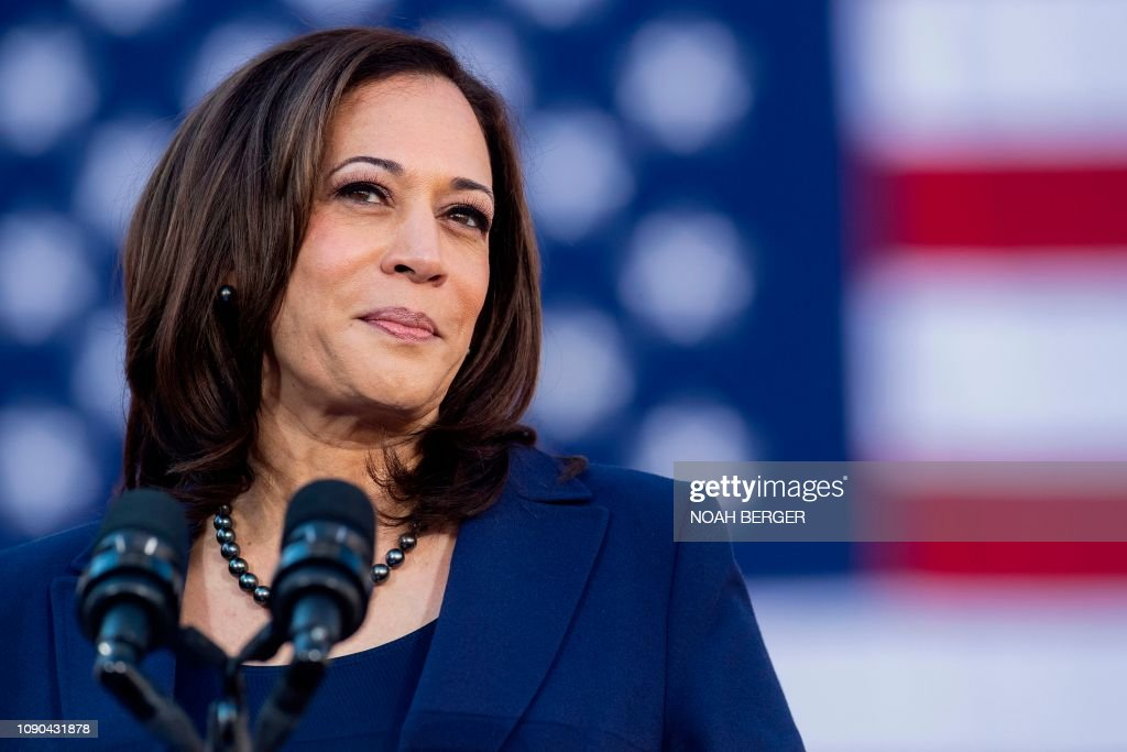 US-POLITICS-ELECTION-HARRIS-VOTE : News Photo