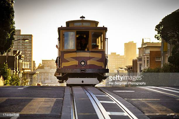 california street cable car - tram stockfoto's en -beelden