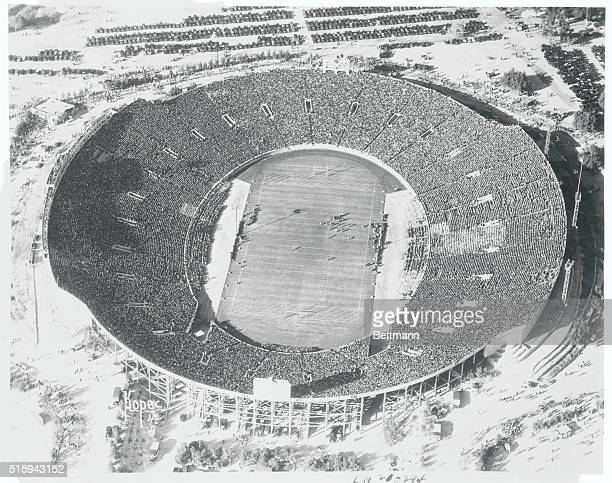 Thousands View Grid Classic An air view of the Rose Bowl at Pasadena California as over 70000 grid fans saw the University of Southern California...