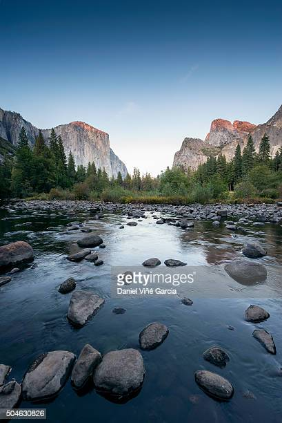 usa, california, valley view at yosemite national park with el capitan and bridalveil falls behind merced river - el capitan yosemite national park stock pictures, royalty-free photos & images