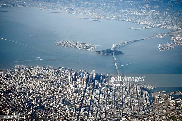usa, california, view out of plane window on san francisco - treasure island san francisco stock pictures, royalty-free photos & images