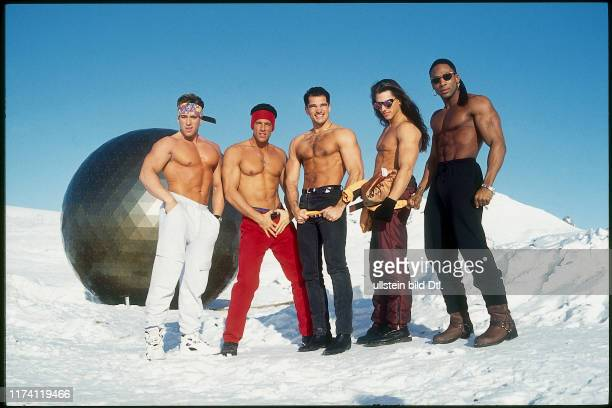 'Californian Dream Men' Stripper im Schnee 1992