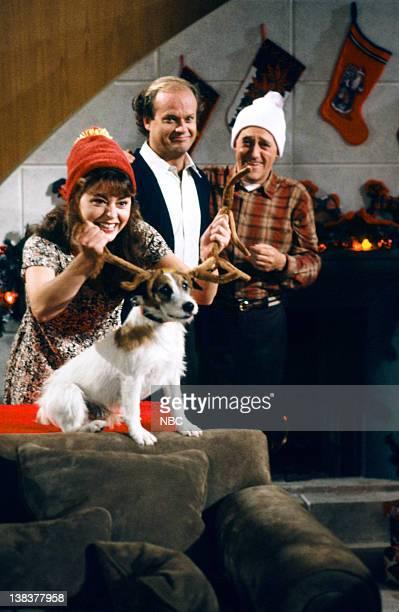 FRASIER Call Me Irresponsible Episode 7 Pictured Jane Leeves as Daphne Moon Moose as Eddie Kelsey Grammer as Doctor Frasier Crane John Mahoney as...