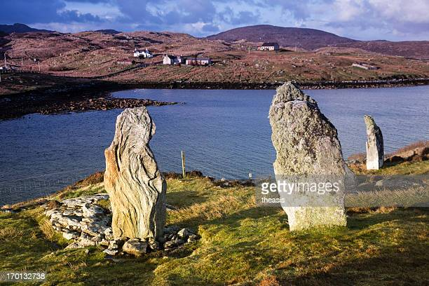 callanish viii standing stones, isle of lewis - theasis stock pictures, royalty-free photos & images