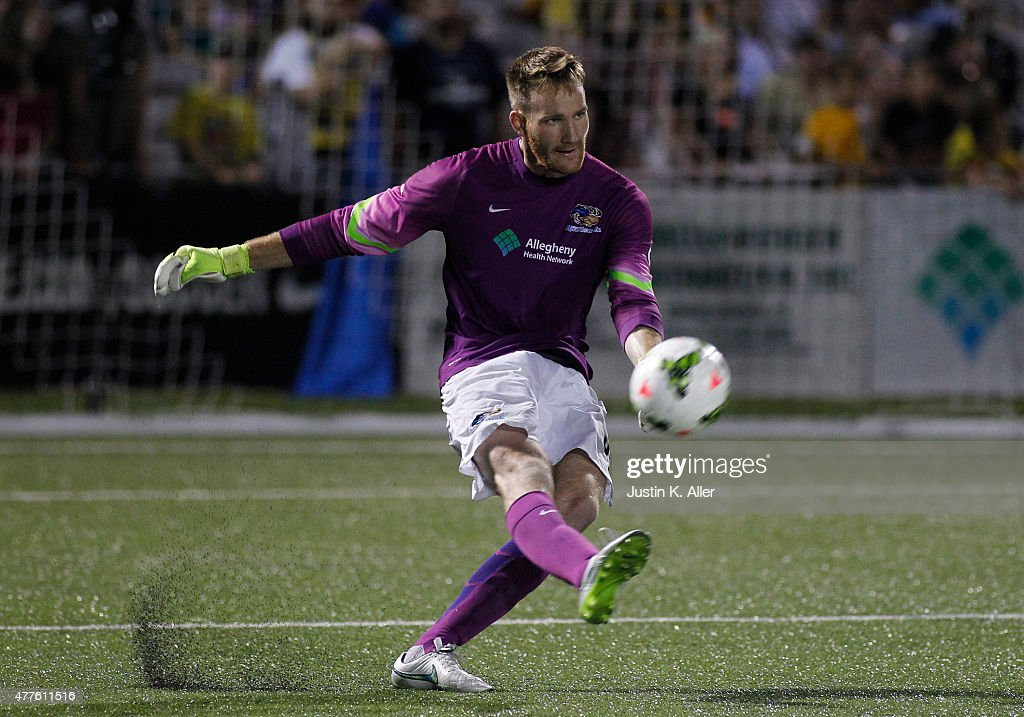 DC United v Pittsburgh Riverhounds: Fourth Round - 2015 U.S. Open Cup : News Photo