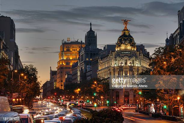 calle de alcalá, madrid - madrid stock pictures, royalty-free photos & images