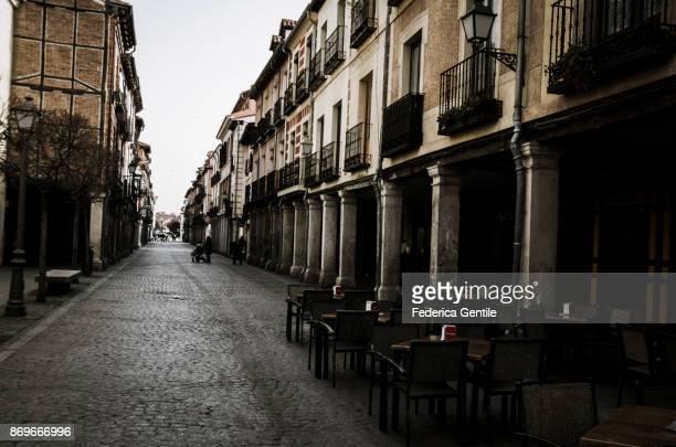 calle mayor - alcalá de henares - alcala de henares stock pictures, royalty-free photos & images