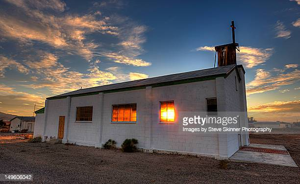 calling - amboy - amboy california stock photos and pictures