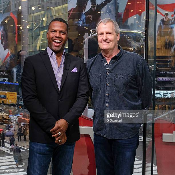 Calloway interviews Jeff Daniels during his visit to Extra at their New York studios at HM in Times Square on March 14 2016 in New York City