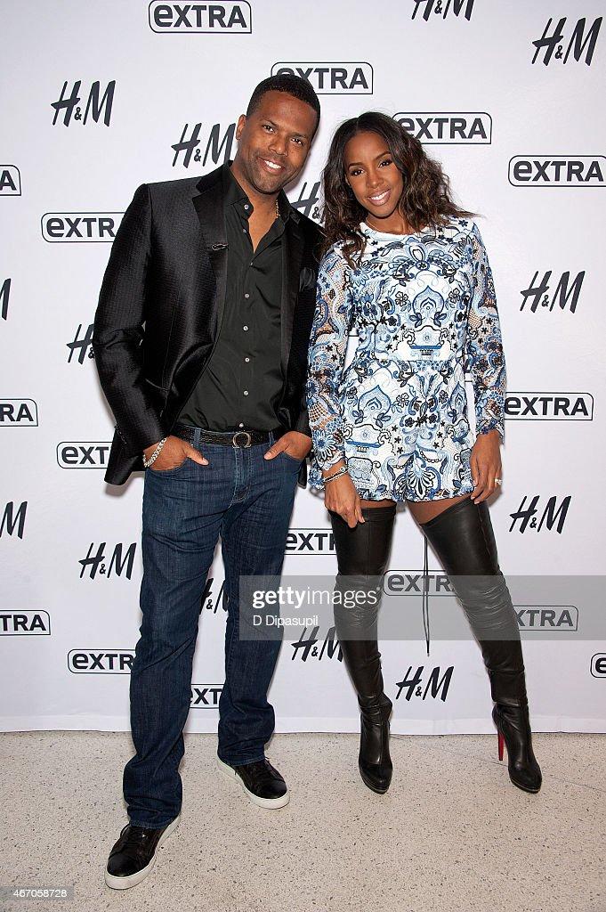 """Kelly Rowland Visits """"Extra"""" : News Photo"""