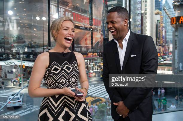 Calloway interviews Piper Perabo during her visit to Extra at their New York studios at HM in Times Square on June 16 2014 in New York City