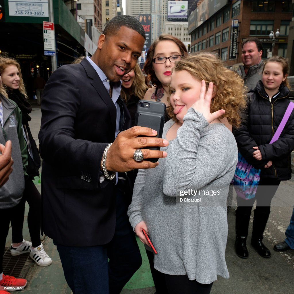 AJ Calloway, Lauryn 'Pumpkin' Shannon, and Alana 'Honey Boo Boo' Thompson take a selfie on the set of 'Extra' in Times Square on February 22, 2017 in New York City.