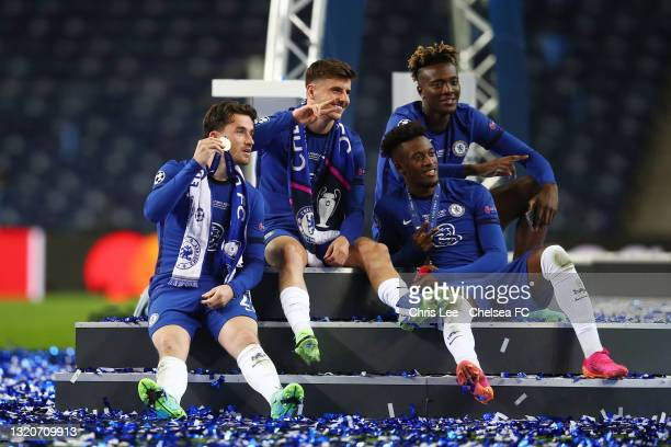 Callum Hudson-Odoi, Ben Chilwell, Mason Mount and Tammy Abraham of Chelsea smile following victory during the UEFA Champions League Final between...